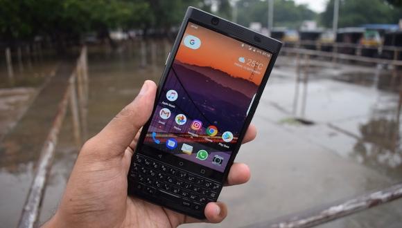 BlackBerry Athena bu kez canlı görüntülendi!
