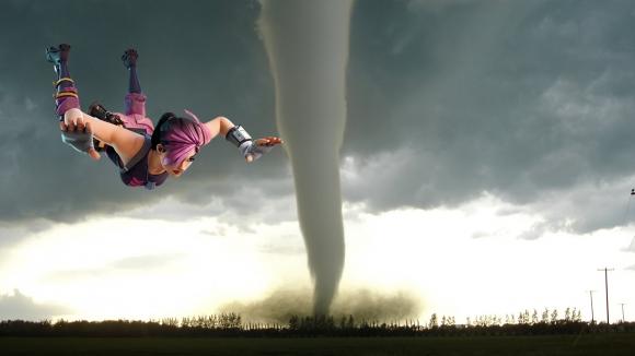 Kasırga yaklaşırken oyuna devam eden garip insan!