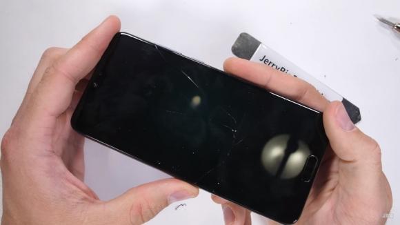 Huawei P20 Pro dayanıklılık testi yayınlandı!