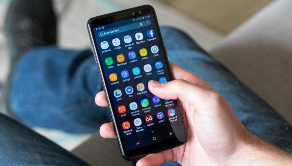 Galaxy A6 Plus canlı görüntülendi!