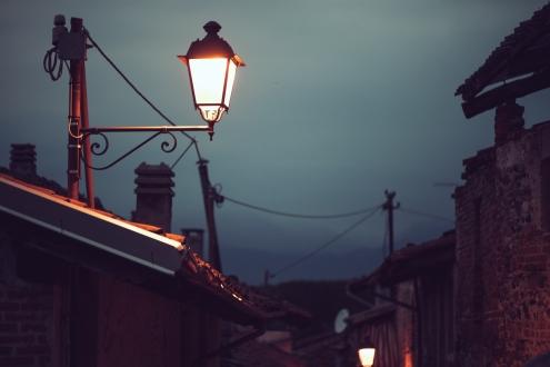 Sokak lambaları kablosuz internet hizmeti verecek!