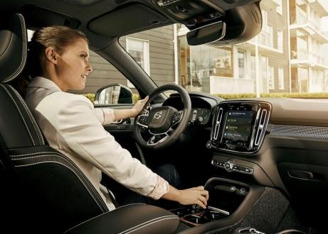 Volvo Google ortaklığı teknolojileri araçlara getirecek!