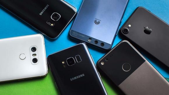 Akıllı telefon piyasası için işler yoluna girdi!
