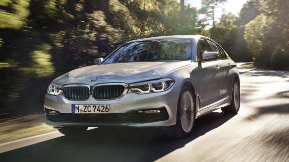 BMW kablosuz şarj kiti geliyor!