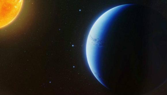 Bulutsuz gezegen yaşam belirtileri taşıyor!