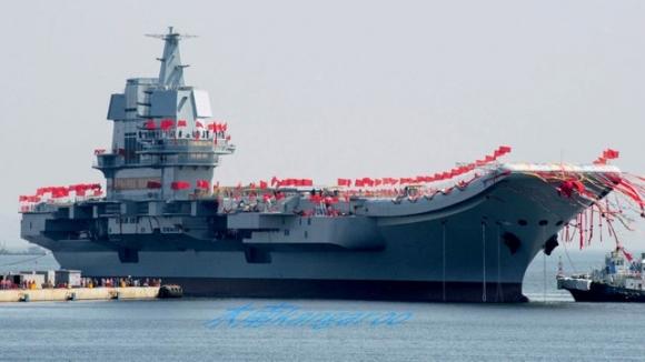 Çin, ilk yerli uçak gemisini test etmeye başladı!