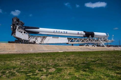Yeni Falcon 9 fırlatıldı!