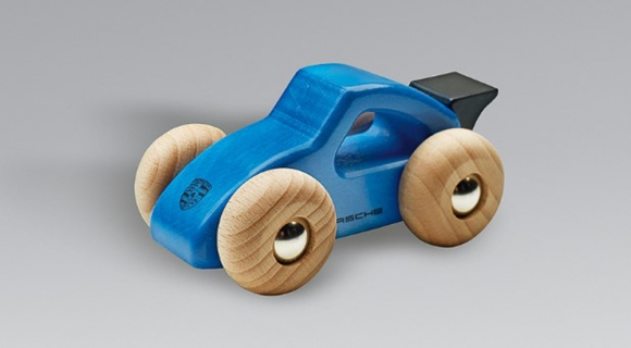 Porsche oyuncak arabalarını geri çağırdı!