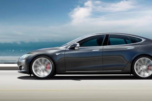 Tesla Model 3 için fren problemi iddiası!