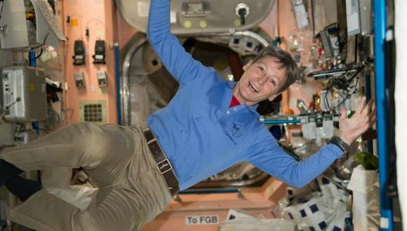Uzayda tuvalet yapmak için huni gerekiyor!
