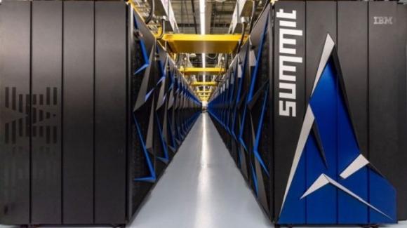 Dünyanın en hızlı süper bilgisayarı: Summit!