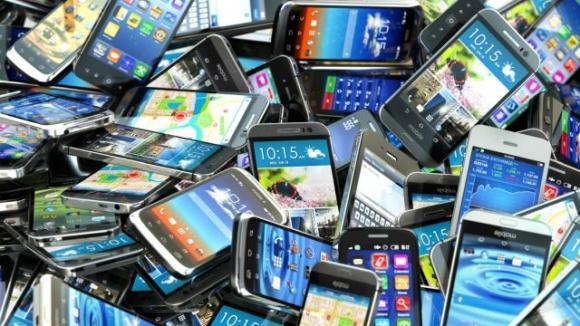 Eski telefonların sonu mu geliyor?