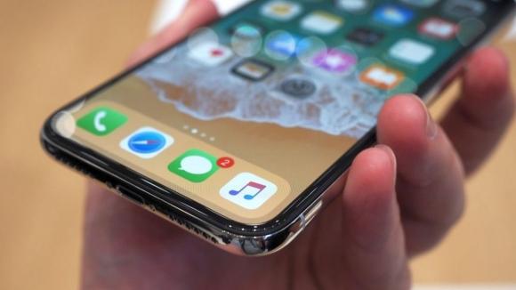iPhone için ortalığı karıştıracak karar!