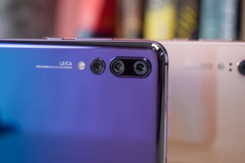 P20 Pro'dan sonra üç kameralı Galaxy S10 geliyor!