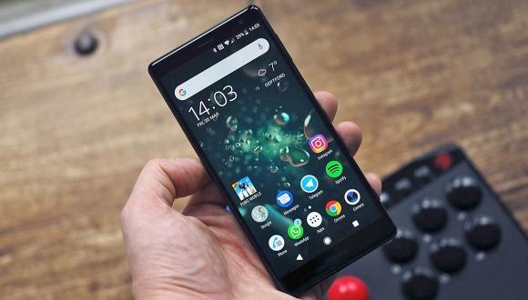 Sony Xperia XZ3 Premium ortaya çıktı!