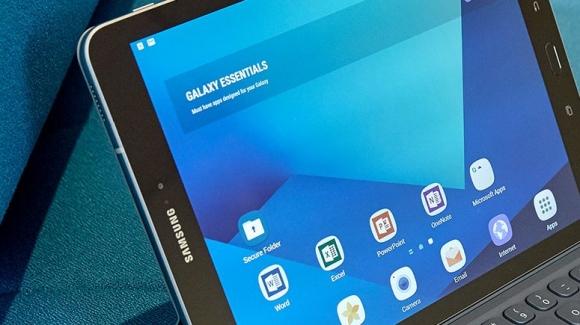 Galaxy Tab A2 kameralara yakalandı!