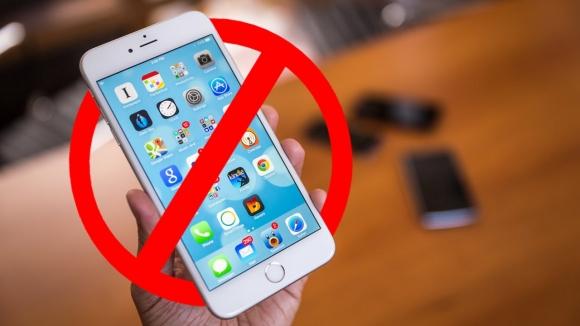 iPhone yasaklanabilir! Peki, neden?