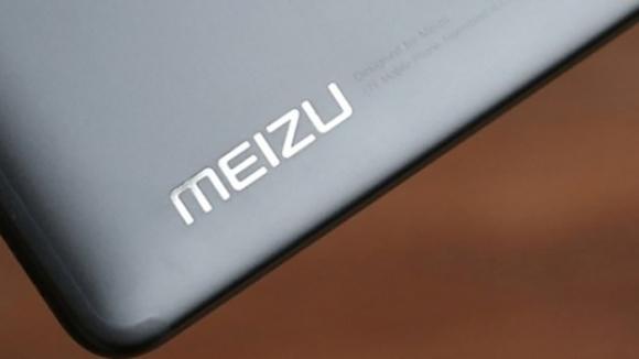 Çentikli Meizu X8, çalışır halde görüntülendi