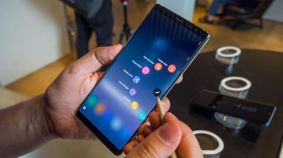 Galaxy Note 9 tasarımı can sıkabilir!