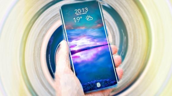 Samsung kırılmaz ekranını duyurdu!