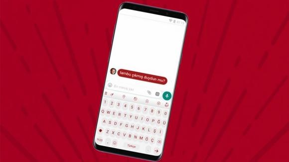 Milli klavye Samsung telefonlara geliyor!