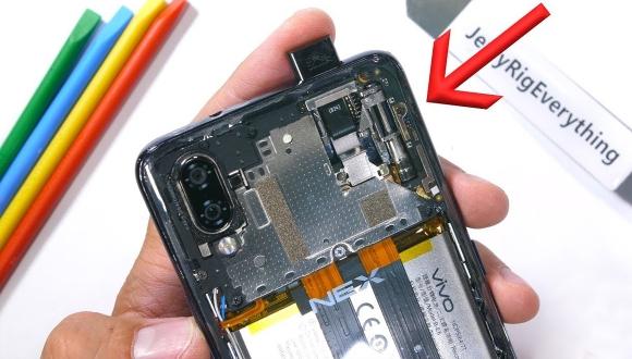 Kamerası gizlenen Vivo Nex S parçalarına ayrıldı!