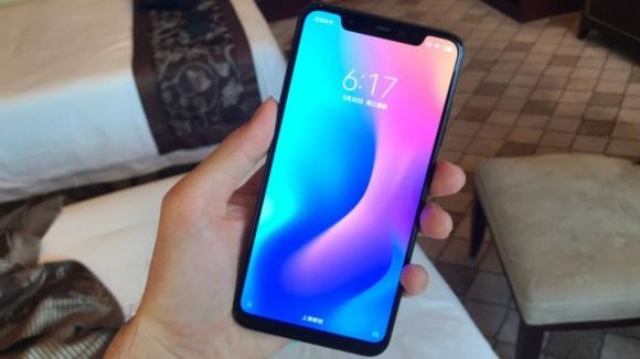Xiaomi Pocophone F1 fiyatı şaşırtacak!