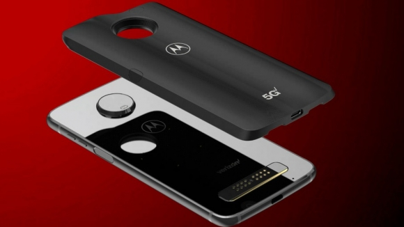 Motorola 5G teknolojisini nasıl sağlayacak?