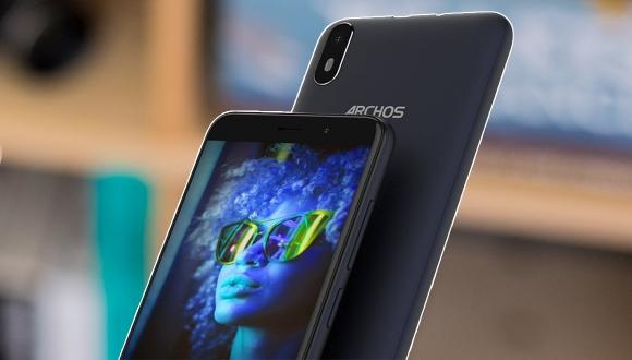 En ucuz Android telefon: Archos Access 57 tanıtıldı!