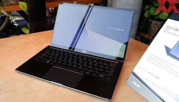 Asus Zenbook Flip 13 ve 15 tanıtıldı!