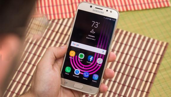 Galaxy J5 (2017) için beklenen güncelleme çıktı!