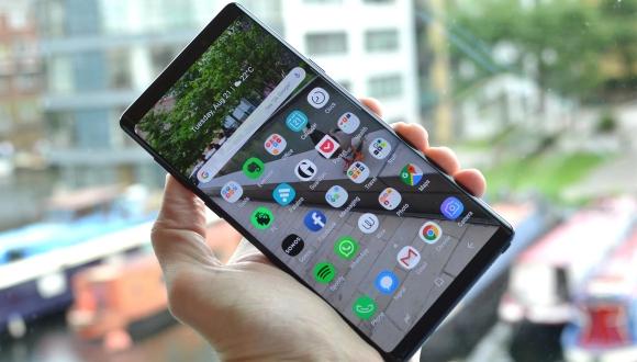 Galaxy Note 9, Bixby engeli ile can sıkıyor!