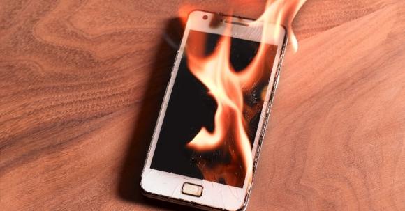 Patlayan telefon devri sona eriyor!