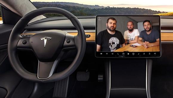 Tesla yıllardır beklenen özelliğin müjdesini verdi!