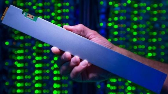 Dünyanın en yoğun ve en tuhaf SSD modeli!