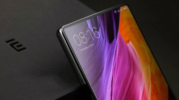 Xiaomi Mi Mix 3 fiyatı ortaya çıktı!