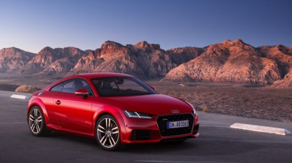 Audi TT yenilenen tasarımıyla dikkat çekiyor!