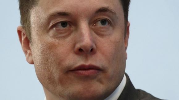 Elon Musk istifa ediyor!