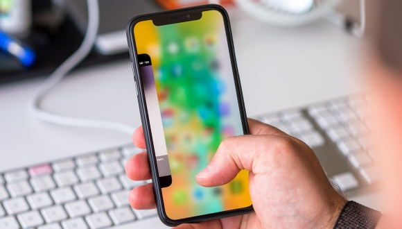 Bugüne kadar kaç adet iPhone X satıldı?