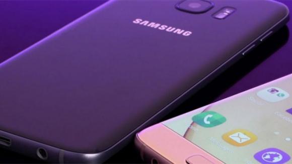 Galaxy P30'dan kimlik değişimi!