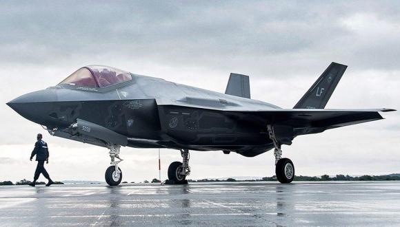 Türk pilotlara F-35'ler için kısıtlama uygulanmıyor!