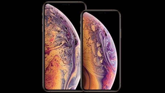 Yeni iPhone modellerine büyük ilgi!