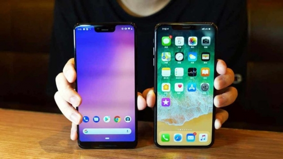 iPhone XS Max ve Pixel 3 XL hız testinde! (Video)