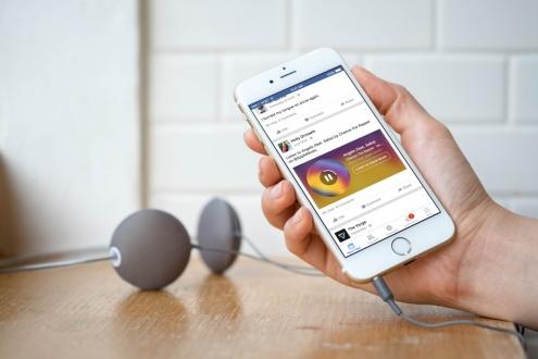 Facebook, şarkıları profilinize sabitleyecek!