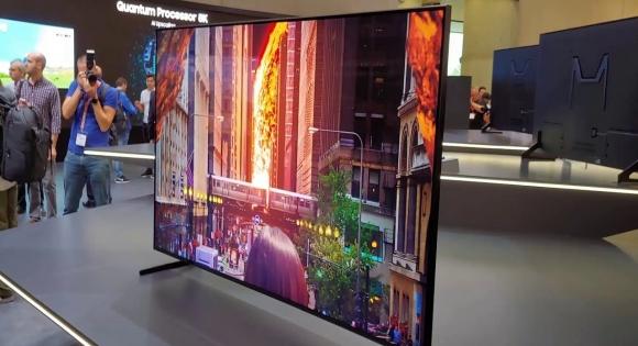 Samsung Q900R 8K televizyon satışa çıkıyor