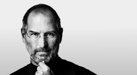 Tim Cook, Steve Jobs'u ölüm yıl dönümünde andı!