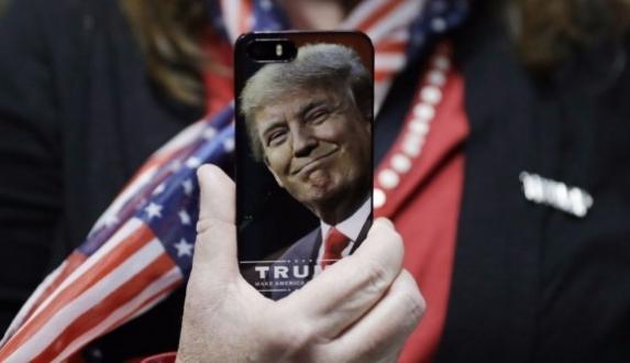 iPhone sevdası Trump'ın başına iş açacak