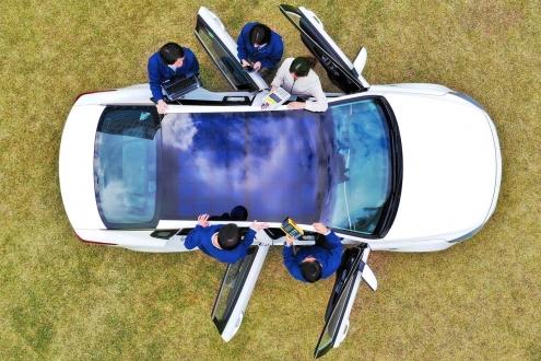 Hyundai ve Kia güneş paneli ile şarj olacak!