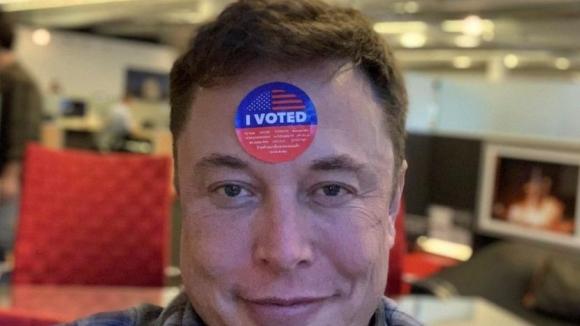 Elon Musk oy kullandı! Sosyal medya karıştı!