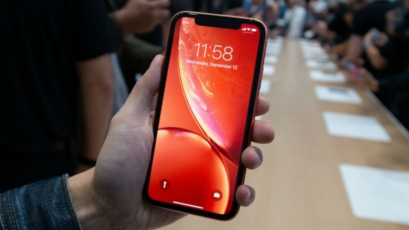 Apple, iPhone'lar için modem üretecek!